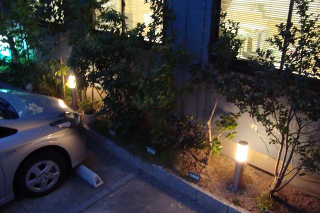 ライトアップブースを併設 北陸エクステリア株式会社 展示場 Spectacular garden lighting by lighting professionals. Enjoy a dramatic, romantic, even mysterious scene comparing to a day time.