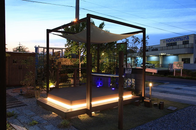 見て感動する実用的なライティング 株式会社サンテリア 岐阜県 当社展示場 Spectacular garden lighting by lighting professionals. Enjoy a dramatic, romantic, even mysterious scene comparing to a day time.