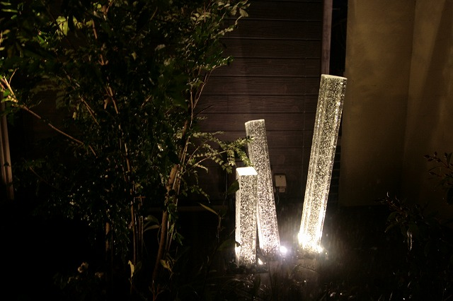 坪庭をライトアップ ㈱ひまわりライフ® 兵庫県N様邸 Spectacular garden lighting by lighting professionals. Enjoy a dramatic, romantic, even mysterious scene comparing to a day time.