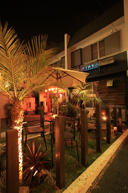 雰囲気のある癒しのライティング ㈱坂井ガーデンプランニング 浜松市 飲食店舗 Spectacular garden lighting by lighting professionals. Enjoy a dramatic, romantic, even mysterious scene comparing to a day time.