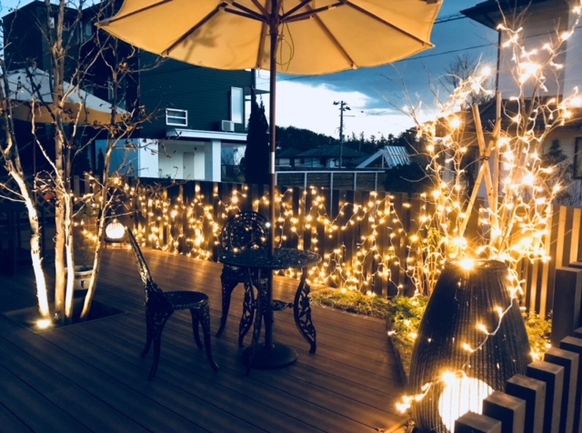 輝い照らす 株式会社little bear garden 福島県 民家カフェ婆沙羅 様 Spectacular garden lighting by lighting professionals. Enjoy a dramatic, romantic, even mysterious scene comparing to a day time.
