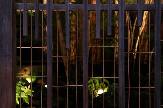 中庭に広がる原風景 株式会社ボックスウッド 茨城県K様邸 Spectacular garden lighting by lighting professionals. Enjoy a dramatic, romantic, even mysterious scene comparing to a day time.