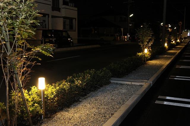安らぎの空間 ヒキダ工事株式会社 静岡県 個人邸 Spectacular garden lighting by lighting professionals. Enjoy a dramatic, romantic, even mysterious scene comparing to a day time.