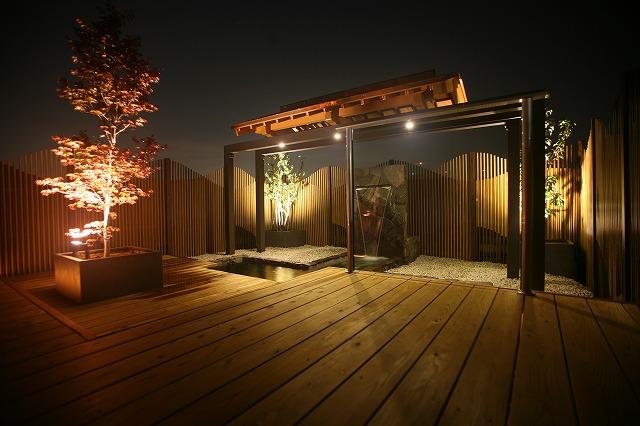 風情ある和スペース 株式会社庭遊館 岐阜県 事務所 Spectacular garden lighting by lighting professionals. Enjoy a dramatic, romantic, even mysterious scene comparing to a day time.